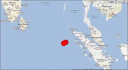 Три сильных толчка произошли у берегов Индонезии, магнитудой 8,9 по шкале Рихтера.