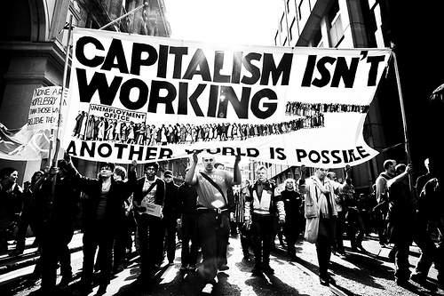 Демонтаж капитализма и конец Эпохи Пирамид