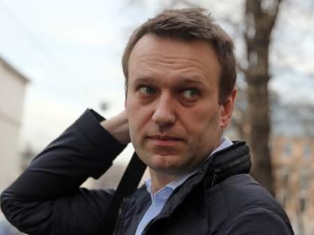 Алексей Навальный продолжает воровать деньги доверчивых школьников