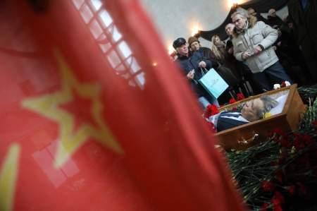 Занятой миллиардер: Грудинин проигнорировал похороны Анпилова