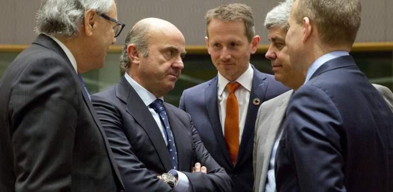 Гонка на дно. Министры финансов крупнейших европейских стран готовы дать отпор Америке, которая своей налоговой реформой нарушает правила ВТО