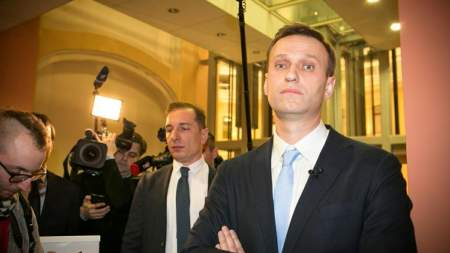 Навальный созывает сторонников на незаконную акцию протеста 5 мая