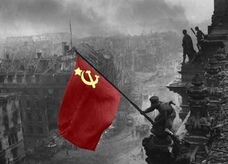 В России и за рубежом празднуют День Победы: спасибо, ветераны