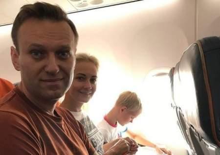 Загоревший Навальный снова собирает хомячков для массового нарушения Закона