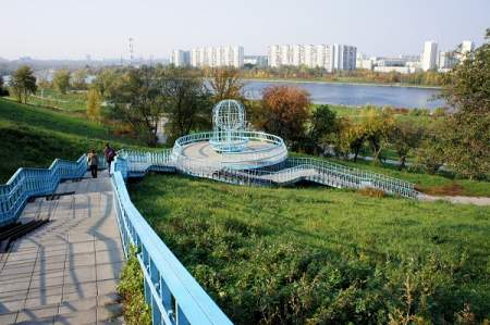 Парки, аллеи, дороги: как изменились окраины Москвы