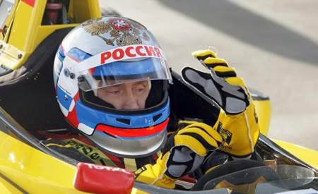 Владимир Путин поздравил победителя гонки «Формула-1»