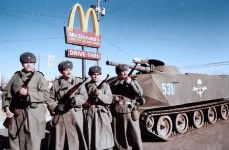 От «красных оккупантов» до ЧВК «Вагнера»: американские байки для кровавой демократизации