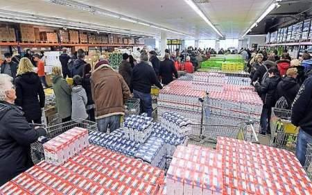 Бесполезность санкций по-европейски: немцы скупили все продукты российского магазина в Германии