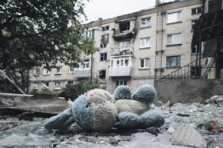 Украинские миномётчики разнесли детскую площадку в ДНР