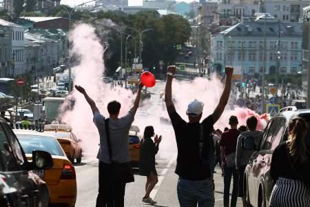 Радикализация протестов в Москве: координаторы работали по западным методичкам