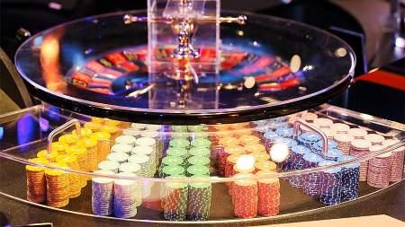 Делайте ваши ставки, господа: Зеленский легализует казино на Украине