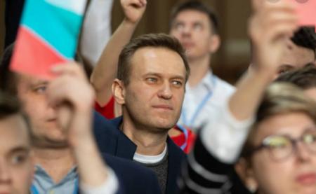 Массовка за 2000 рублей, или Как организатор митинга подставил участников шоптура