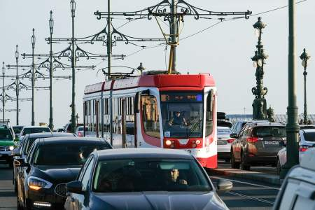 В Петербурге для ветеранов проезд в общественном транспорте будет бесплатным