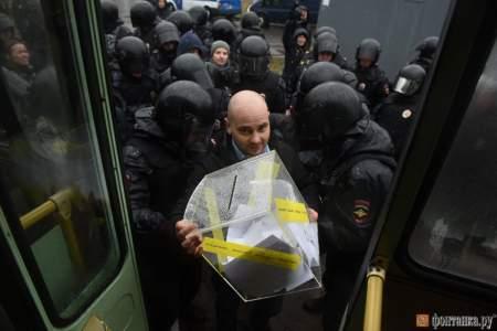 Головорезы Ходорковского пытались разнести УИК № 590 и № 591 в Петербурге