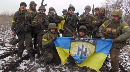 Украинские каратели отказались сложить оружие