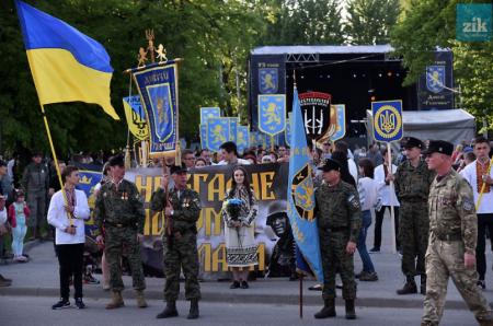 Львову нужен геноцид на Донбассе