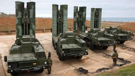 Минобороны РФ перебросило в Сербию комплексы ЗРК С-400 «Триумф»