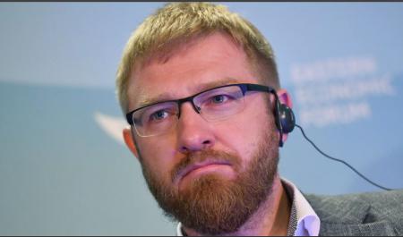 Малькевич: Россия не должна идти на уступки в информвойне с США