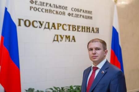 Михаил Романов считает залогом успешной реализации поставленных Президентом РФ задач контроль эффективности законов