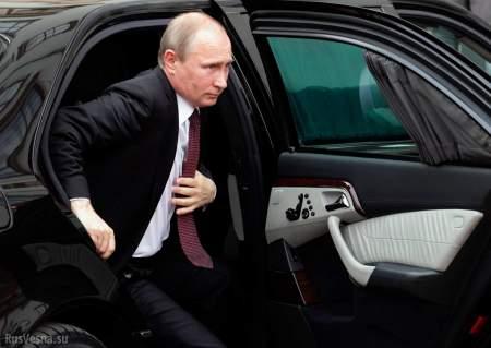 Путин остановил кортеж, чтобы поздороваться с россиянами
