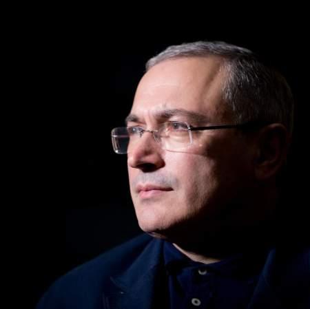 Зачем Ходорковский уничтожает «своих» людей