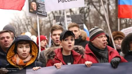 Марш «скорбящих» по Немцову превратился в парад дегенератов