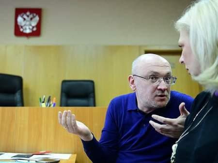 Взлом переписки - жена Резника консультирует подругу по наркотикам и хвастается теми самыми фото из Праги