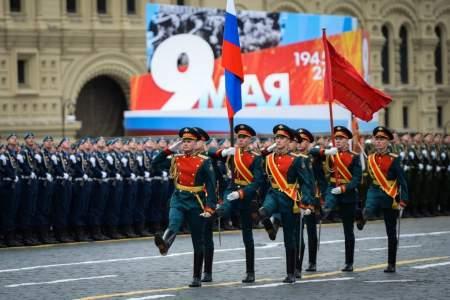 Коронавирус, уходи, нам на День Победы надо! – Владимир Путин перенес Парад Победы