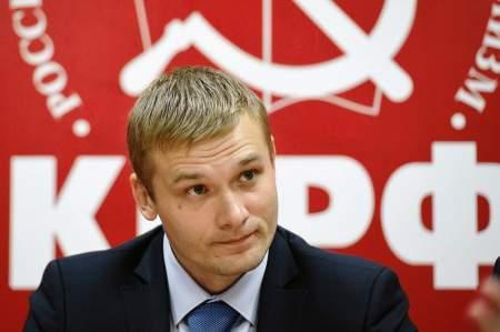 Дурной пример заразителен: вслед за Иркутским губернатором своих кресел могут лишиться двое представителей «красных»