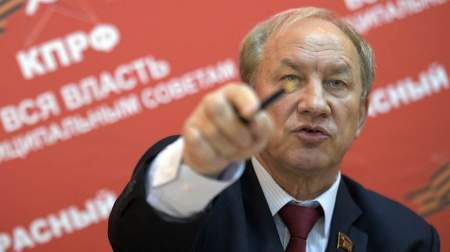 Валерий Рашкин толкает людей на верную смерть: коммунист предлагает выйти на митинг против нового законопроект