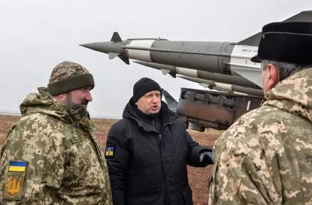 Смехотворные угрозы Украины напугать Крым вооружением: майдауны съехали с катушек