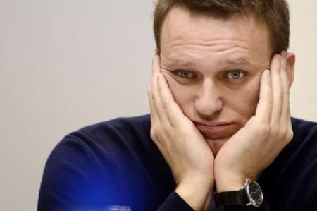 Почему Навальный не комментирует беспорядки в США