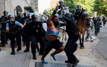 Джефф Монсон: российские полицейские добрые, американские внушают страх