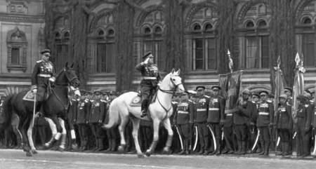 Какие 10 фактов запомнились участникам первого Парада Победы 1945 года