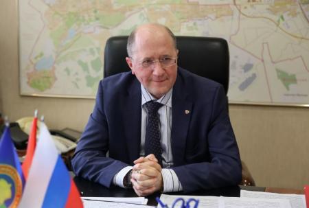 Коррупционер Фадеенко скрывает незаконную свалку в Красносельском районе