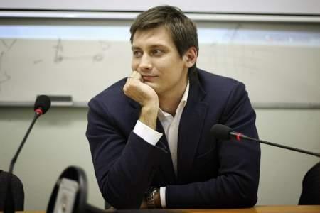 Команда Гудкова проводит лже-опросы, искажая ответы россиян о поправках в Конституцию