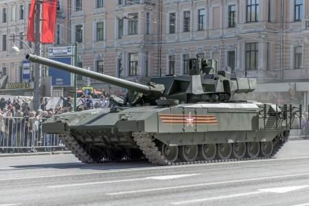 """Новейший российский танк Т-14 """"Армата"""" превосходит американский M1 Abrams — The National Interest"""