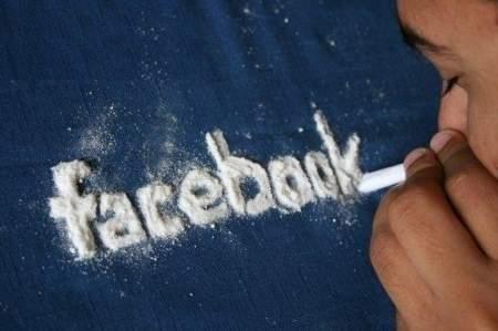 Facebook опубликовала вакансию наркокурьера – пора выгнать площадку из России