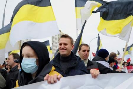 Называвший мусульман «дикарями» Навальный требует Коран