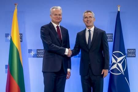 Все в НАТО: Литва поднимает планку расходов на фоне растущего госдолга