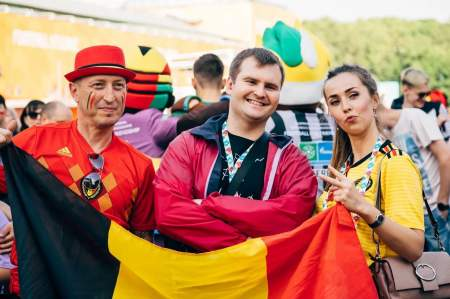 Российские болельщики наслаждаются Евро-2020 вместе с гостями Северной столицы