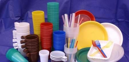 В России готовятся к отказу от пластиковой посуды
