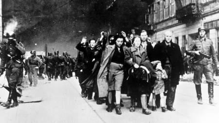 Не доразоблачали: обвиняя СССР в развязывании Второй мировой войны, польские эксперты «забыли» о дружбе своей страны с Гитлером